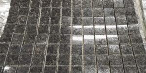 Mosaique granit noir poli